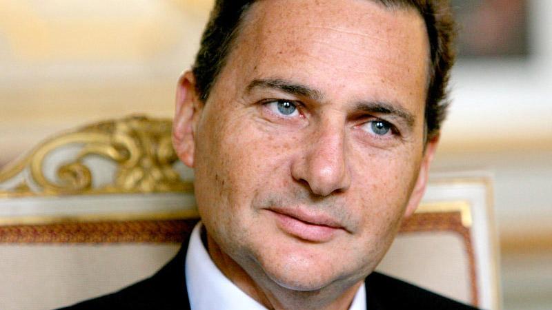 Eric Besson prend les Français pour des socialistes