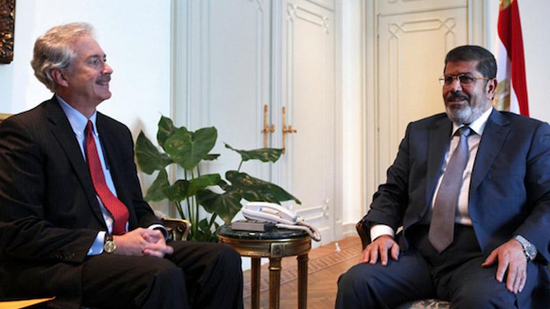 Le secrétaire d'Etat américain Burns a rencontré les Frères Musulmans