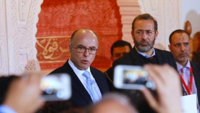 Bernard Cazeneuve ouvre la porte aux imâms algériens, pays où l'islam officiel est liberticide