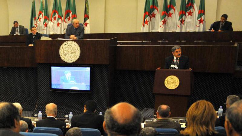 Les députés musulmans algériens dénoncent un projet de loi protégeant les femmes violentées au sein du foyer