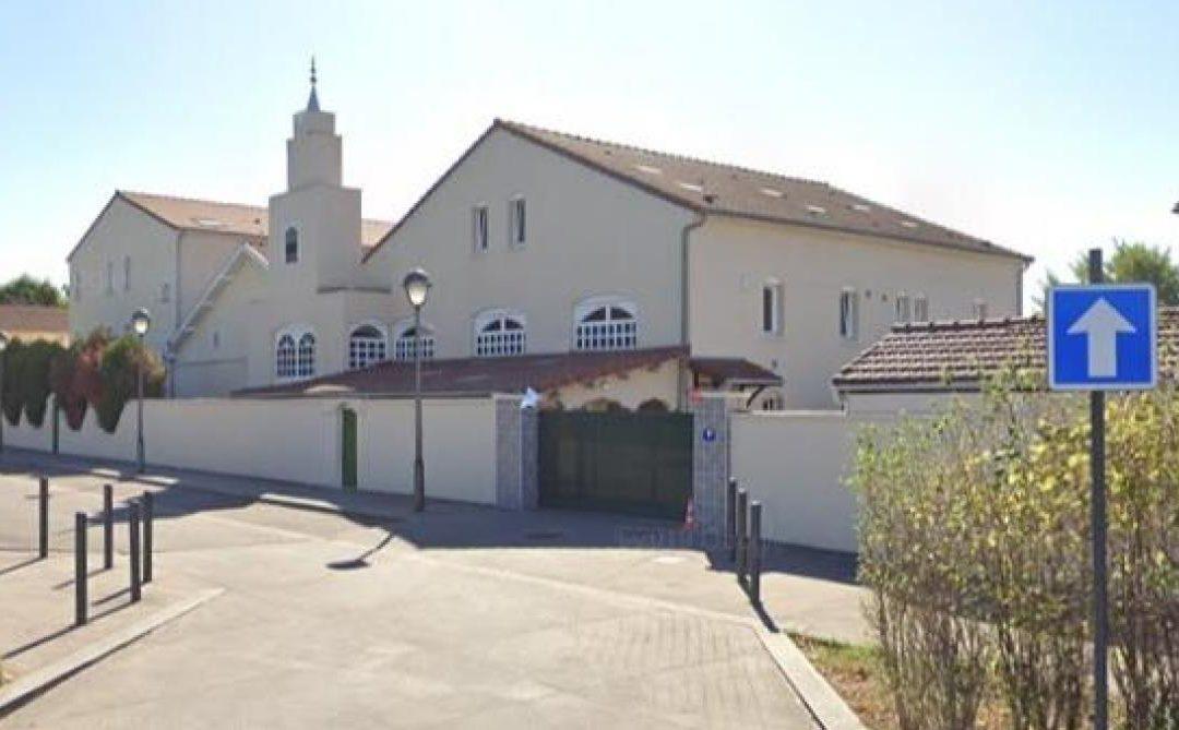 La mosquée salafiste où enseigna Sid Ahmed Ghlam, liée à l'UOIF, est toujours ouverte !