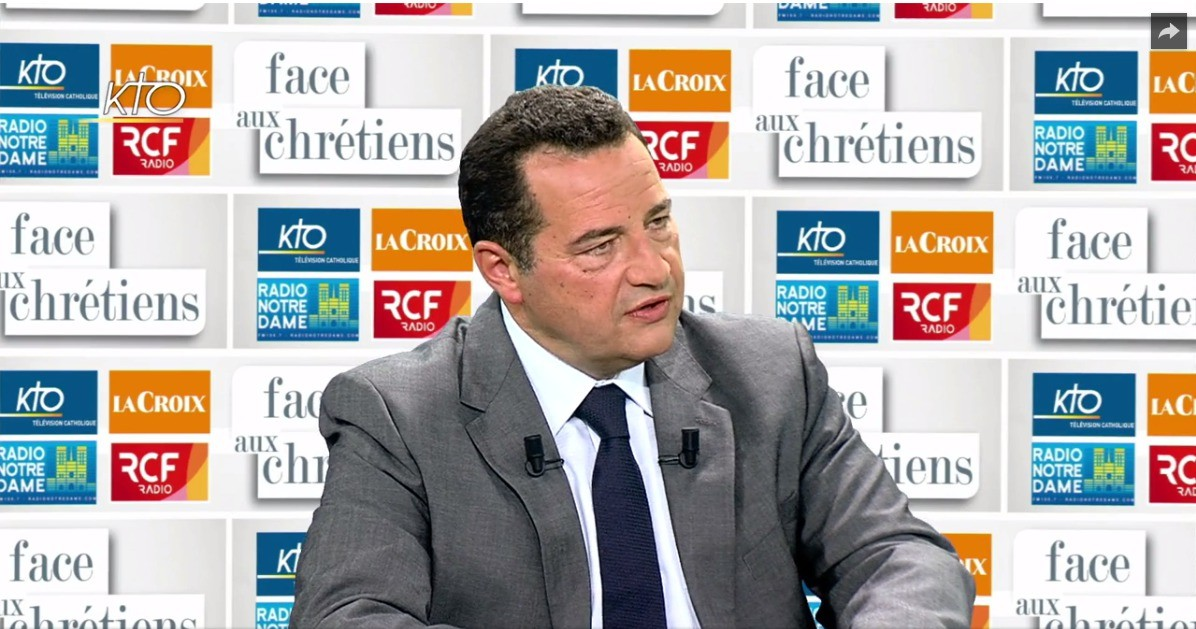 Jean-Frederic-Poisson-plateau-emission-Face-Chretiens-jeudi-1er-septembre-2016_0_1400_629