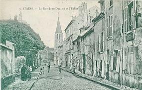 Labre_9_-_STAINS_-_La_rue_Jean-Durand_et_l'Eglise